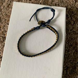 NWOT navy & gold nugget bracelet